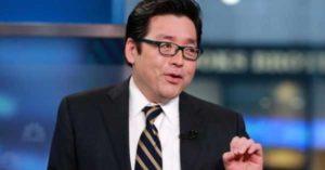 Том Ли понизил свой прогноз цены биткоина