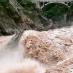 Падение хэшрейта Биткоина: наводнение в Китае вывело из строя десятки тысяч майнеров